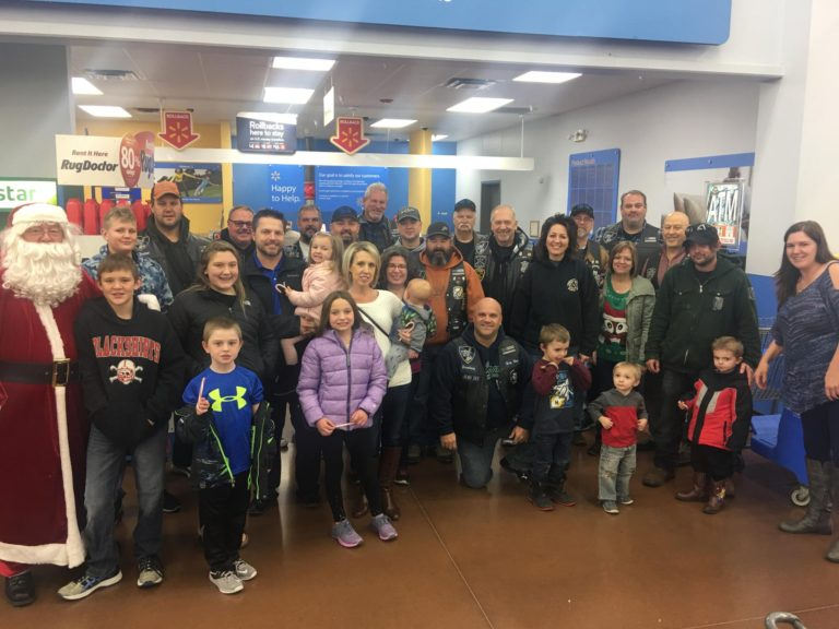 Blue Knights International Law Enforcement Motorcycle Club, Nebraska II 4th Annual Shop with a Knight